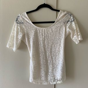 Guess white lace 3/4 sleeve top